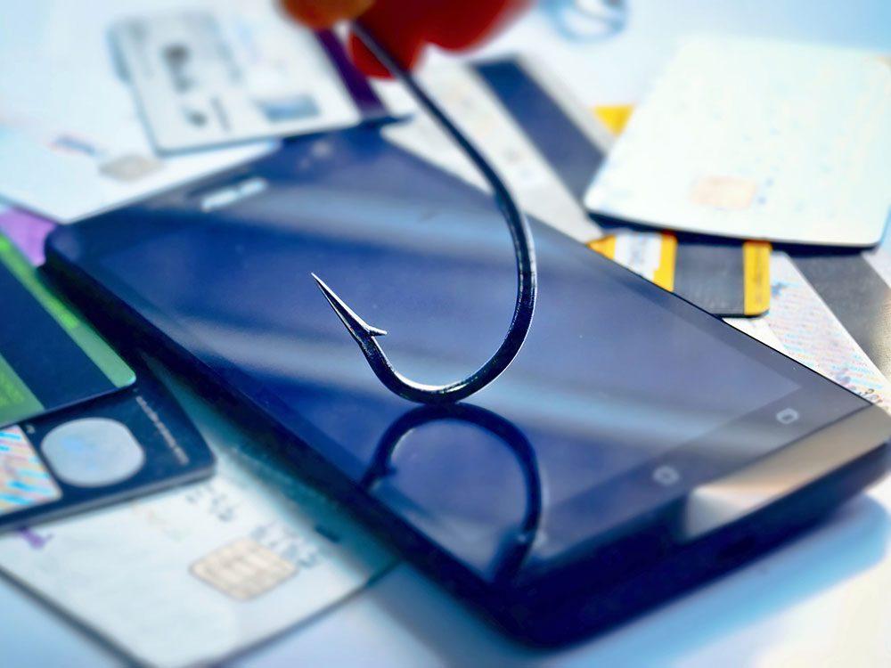 Déjouer et éviter les tentatives d'hameçonnage pour protéger son téléphone portable.