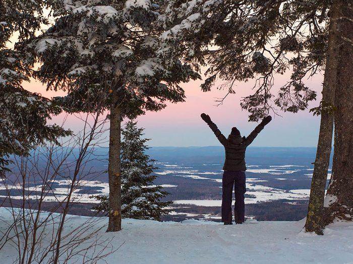 Le Parc régional Montagne du Diable dans les Laurentides est l'un des sentiers de raquette au Québec.