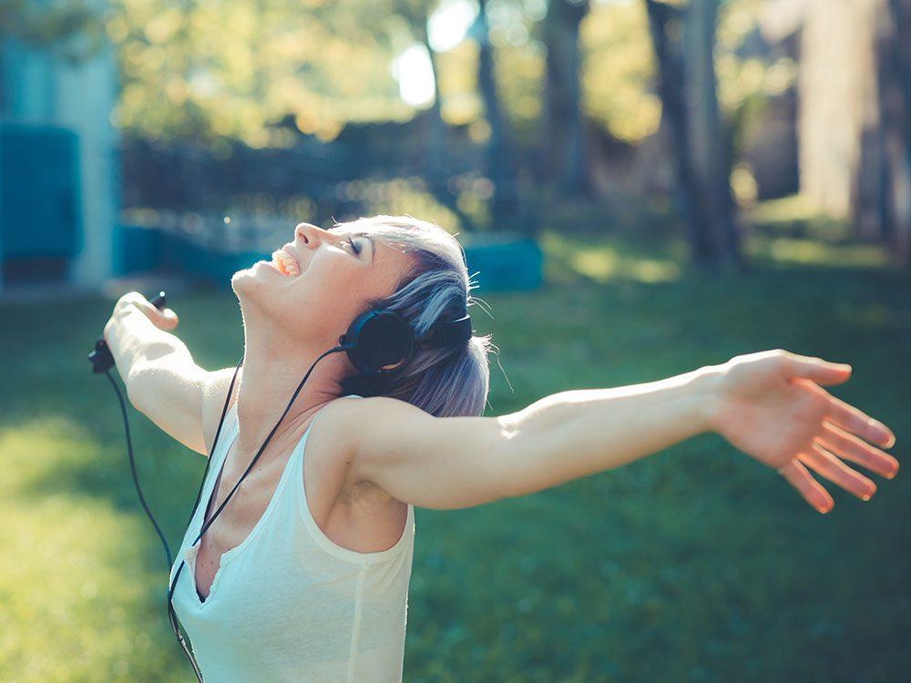 Renforcez votre système immunitaire grâce à la musique, la danse et le chant!