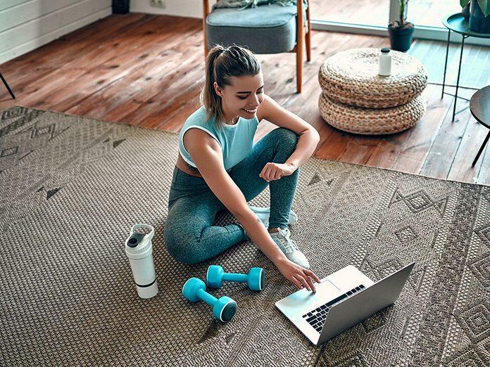 Renforcez votre système immunitaire en faisant régulièrement de l'exercice.