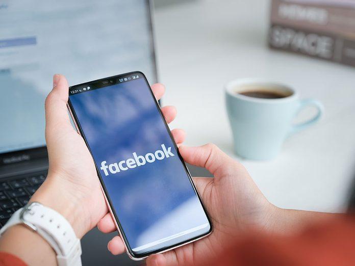 Réduisez le temps passé sur Facebook pour votre bien-être!