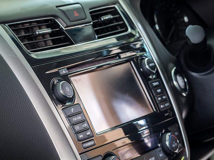 L'insonorisation améliorée fait partie des caractéristiques que votre voiture a sans doute.