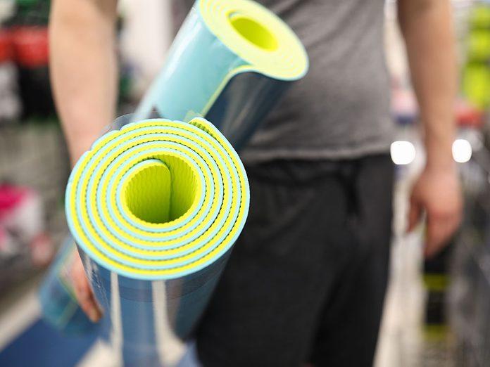 Comment laver son tapis de yoga en PVC de la bonne façon?