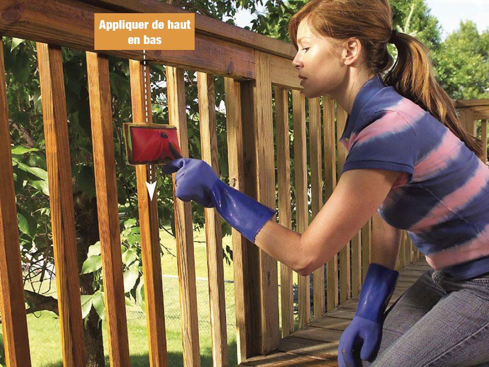 Comment nettoyer son patio: appliquer le fini.