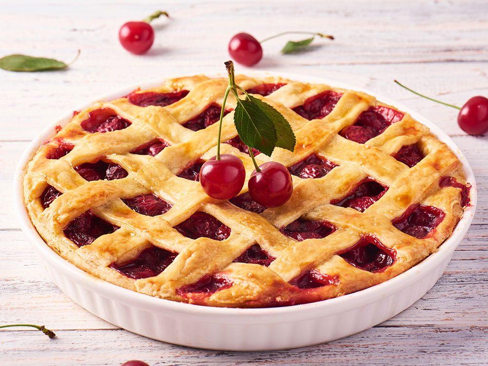 La tarte à la cerise est l'un des suppléments à consommer contre les douleurs articulaires.