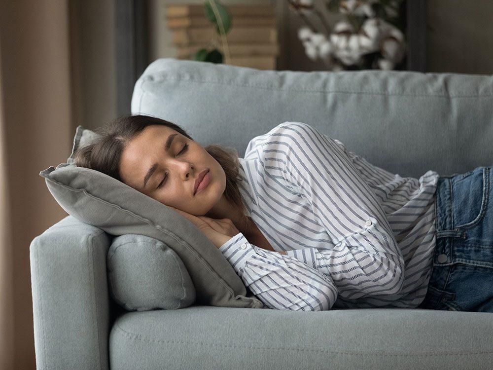 Faire une sieste: 10 choses qui arrivent à votre corps.