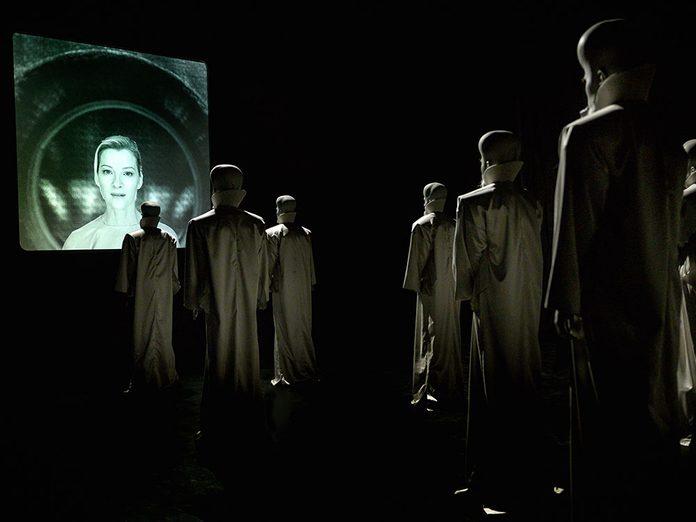 Découvrez l'horreur grâce à The Twilight Zone.