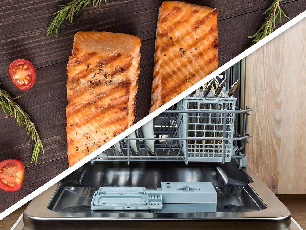 Vous serez surpris d'apprendre que vous pouvez faire cuire les filets de saumons au lave-vaisselle!