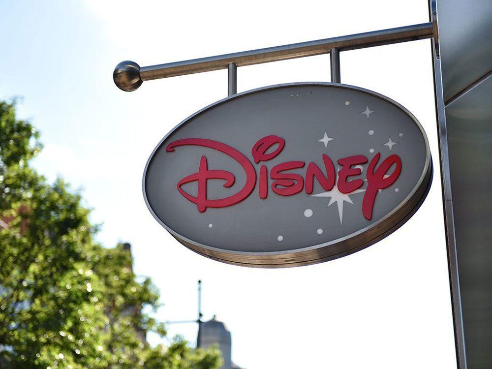 Fermeture de 60 magasins Disney au Canada et aux États-Unis.