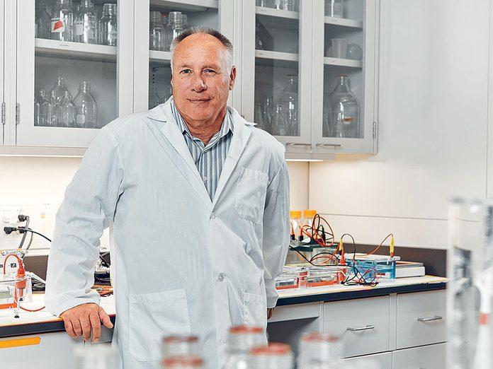 Phagothérapie: des phages génétiquement modifiés.