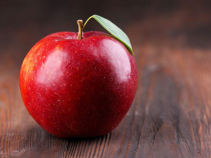 Canular: le poisson d'avril de la pomme hantée.