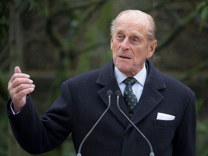 À la mort du Prince Philip, le Royaume-Uni va entamer un deuil national.