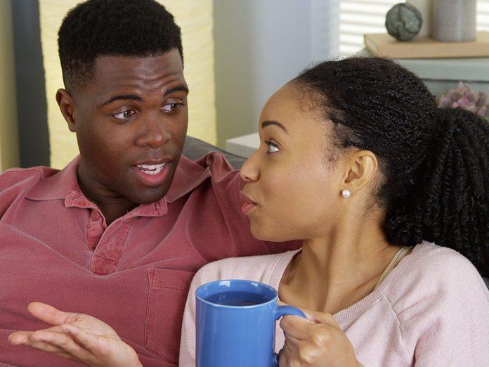 Éviter les sujets délicats est une alerte aux problèmes de couple.