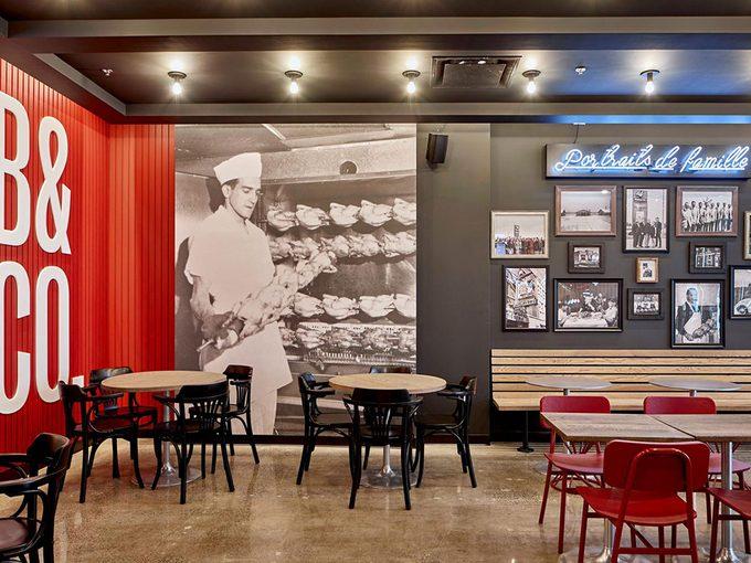 Benny&Co et leurs photos sur le mur.