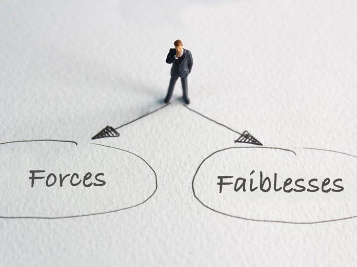 Signes que vous êtes ambiverti: vos forces sont aussi des faiblesses.