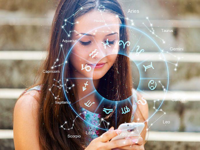 Astrologie: qui lit les horoscopes?