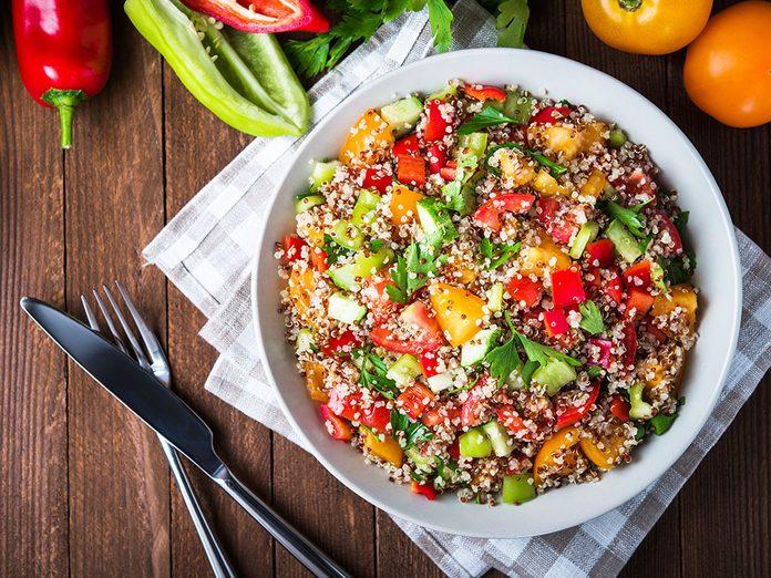 Bienfaits du quinoa: il est sans gluten.