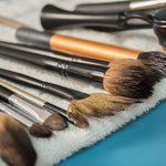 Comment nettoyer ses pinceaux de maquillage rapidement et facilement