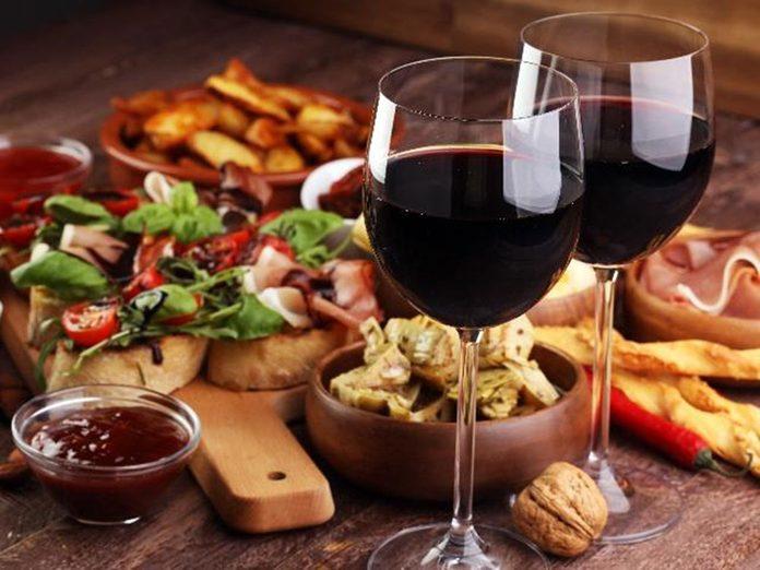 Idées cadeaux: offrez une dégustation de vin pour la fête des mères.