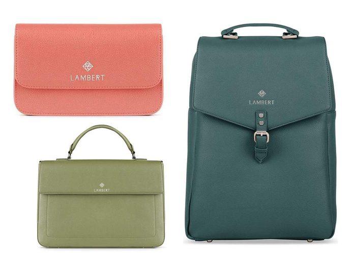 Idées cadeaux: offrez un sac en cuir végane pour la fête des mères.