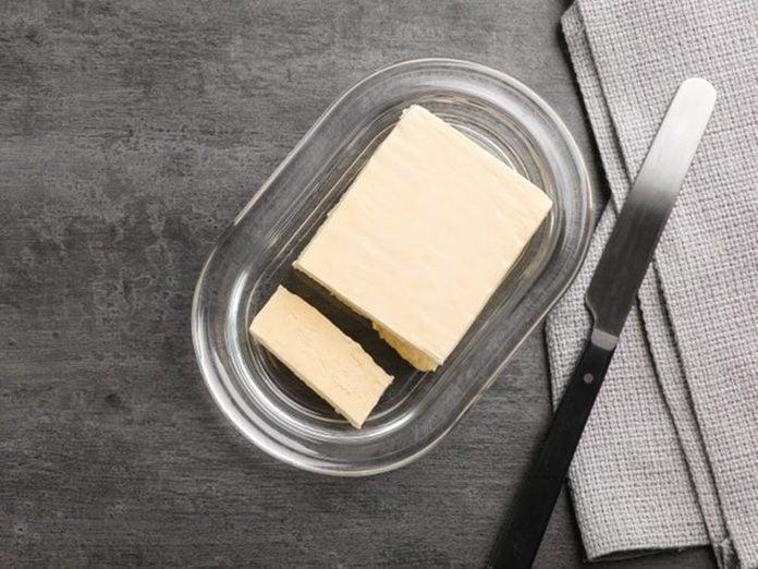 Le beurre non salé fait partie des aliments qu'il vaut mieux ne jamais laisser dans son garde-manger.