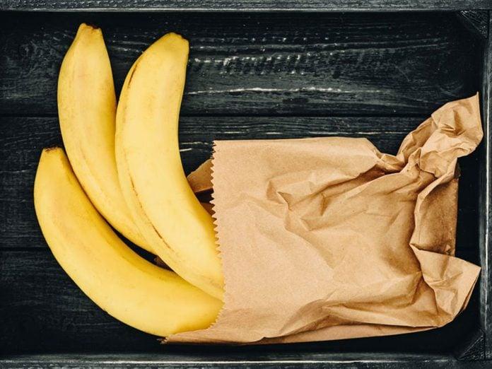 Les bananes font partie des aliments qu'il vaut mieux ne jamais laisser dans son garde-manger.