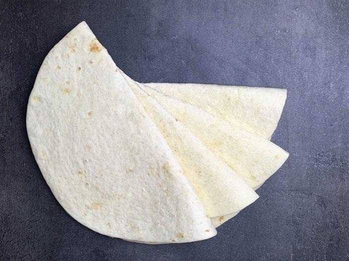 Les tortillas font partie des aliments qu'il vaut mieux ne jamais laisser dans son garde-manger.