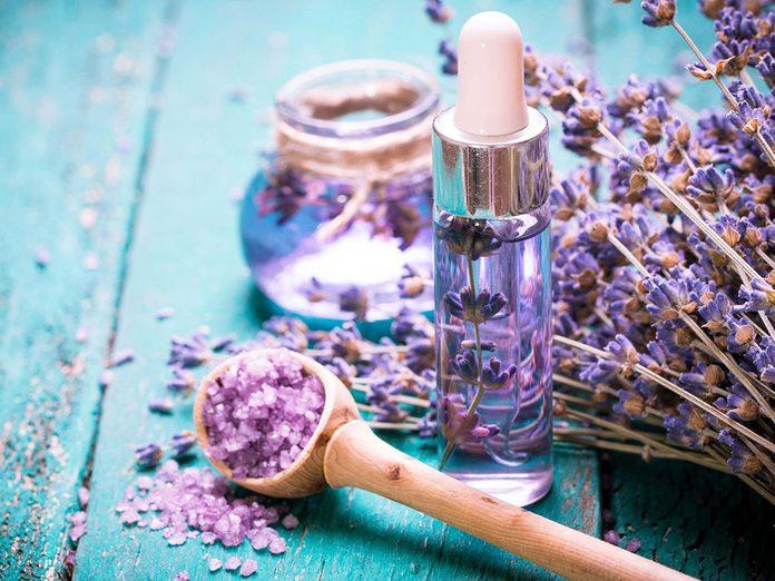 Essayer l'aromathérapie pour une meilleure gestion du stress.