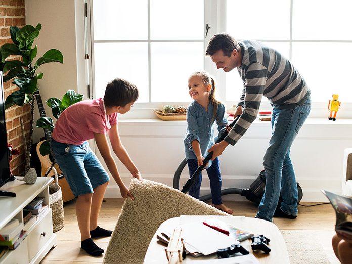 Le grand ménage du printemps permet de prévenir les blessures.