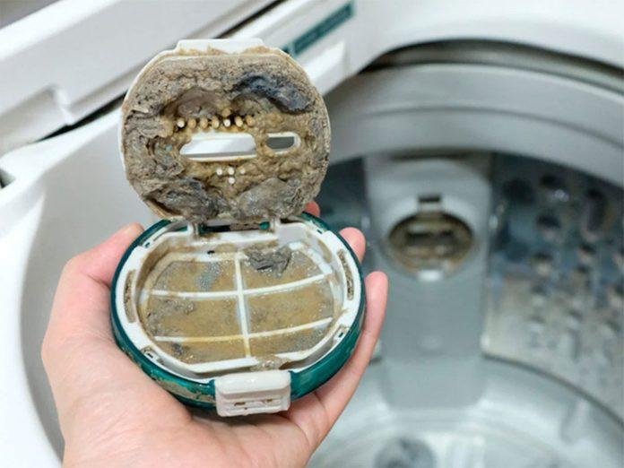 Nettoyer la maison passe aussi par le nettoyage de la laveuse.