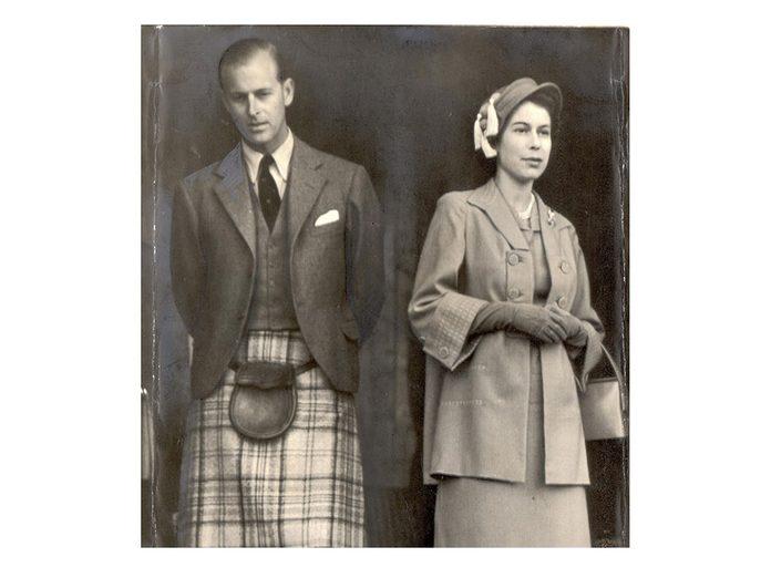 a Reine et son prince Philip en kilt.