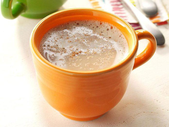 Recette de Chai chaud aux épices.