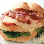 Sandwiches bacon-poulet