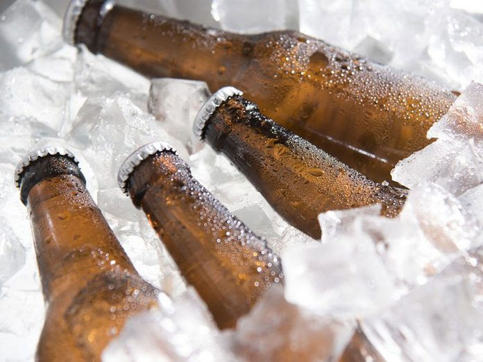 Il existe un risque de cancer avec l'alcool.