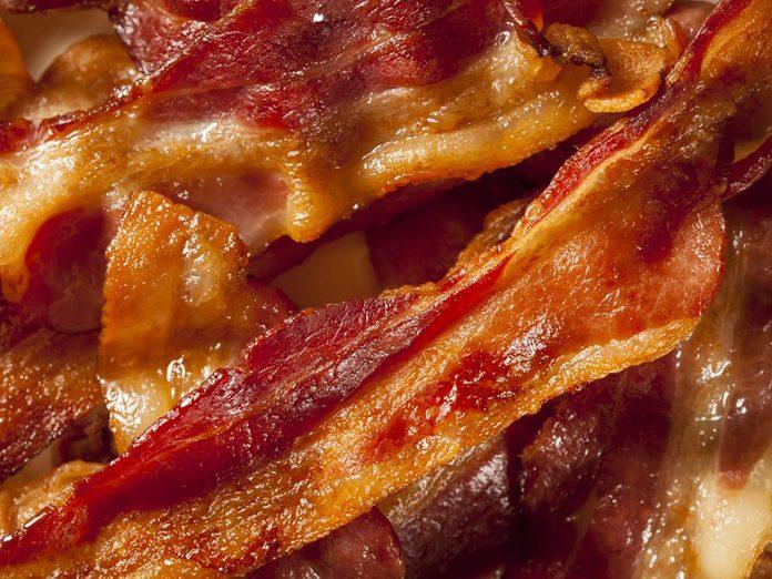 Il existe un risque de cancer avec le bacon.