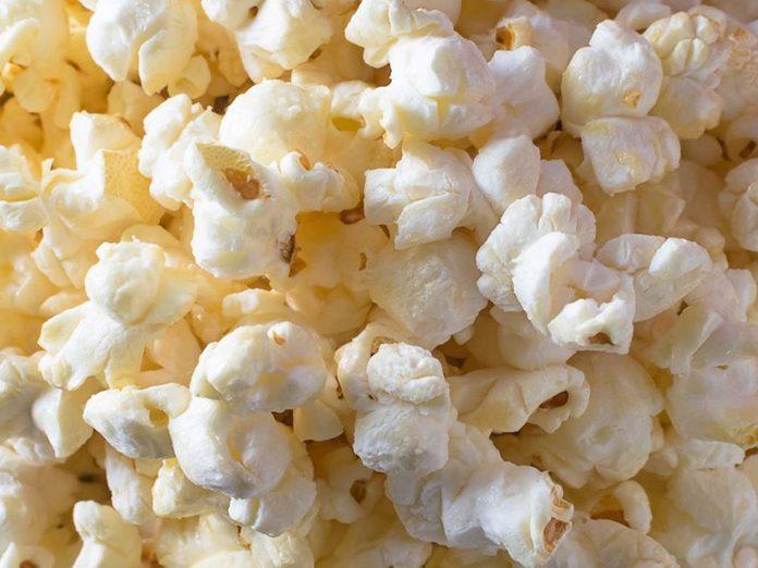 Il existe un risque de cancer avec le maïs soufflé au micro-ondes.