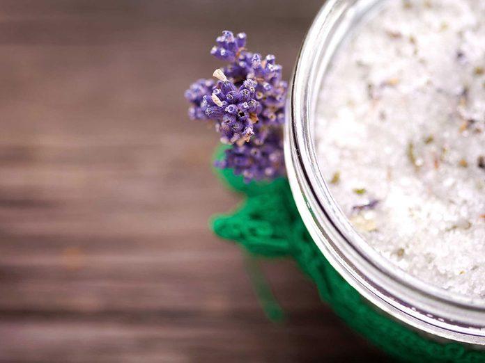 Soins de la peau: les produits naturels ne sont pas forcément les meilleurs.
