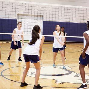 Faire du sport d'équipe pour bouger et partager.