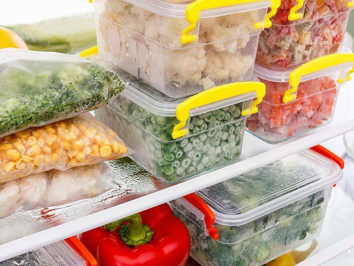 Peut-on congeler des légumes crus?