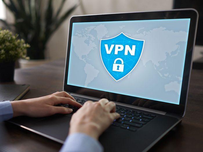 Comment ne pas se faire pirater: utilisez un VPN.