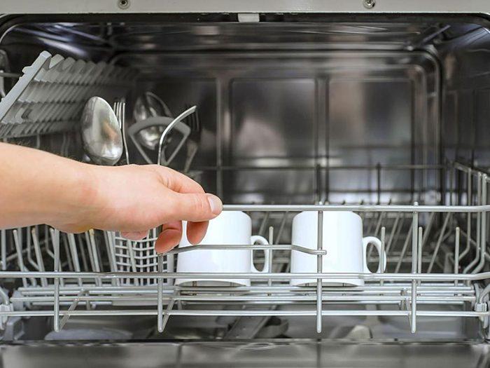 Faire de trop petites brassées est l'une des choses qui réduisent la durée de vie d'un lave-vaisselle.