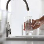 Hydratation: faut-il boire 8 verres d'eau par jour?