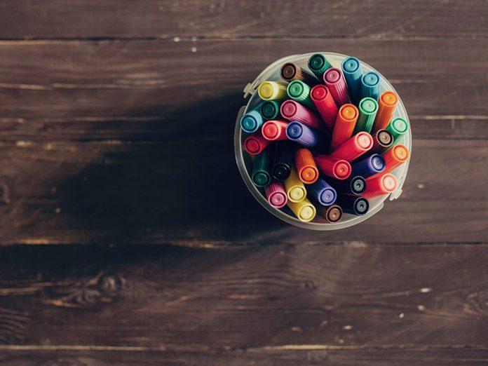 Les porte-stylos font partie des choses incroyables à nettoyer dans le lave-vaisselle.