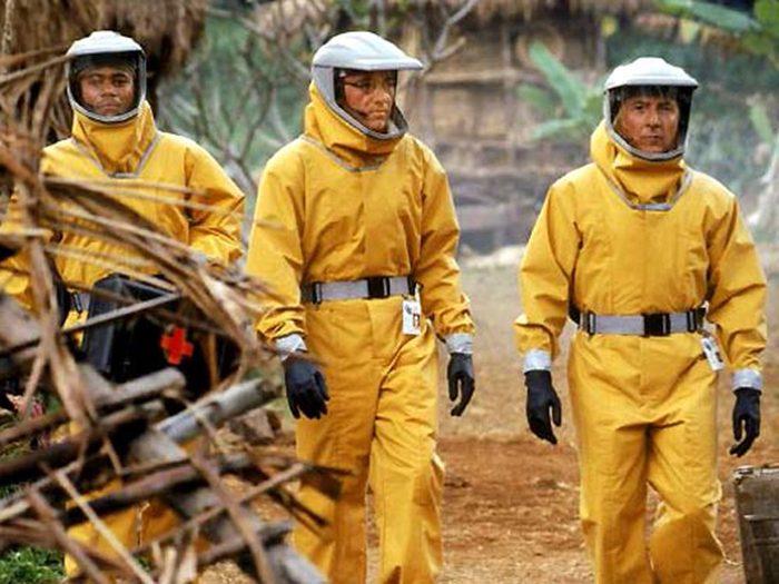 Outbreak fait partie des films qui parlent de pandémie.