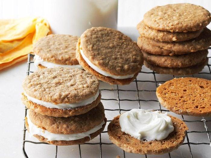 Recette De Biscuits A L Avoine Sandwichs A La Creme