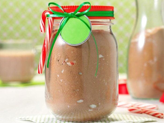 Mélange de chocolat chaud à la menthe.