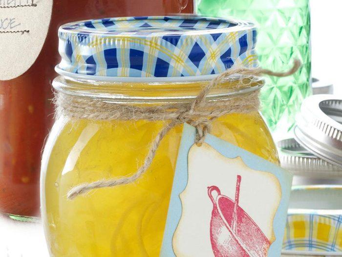 Recette en pot de marmelade au citron.
