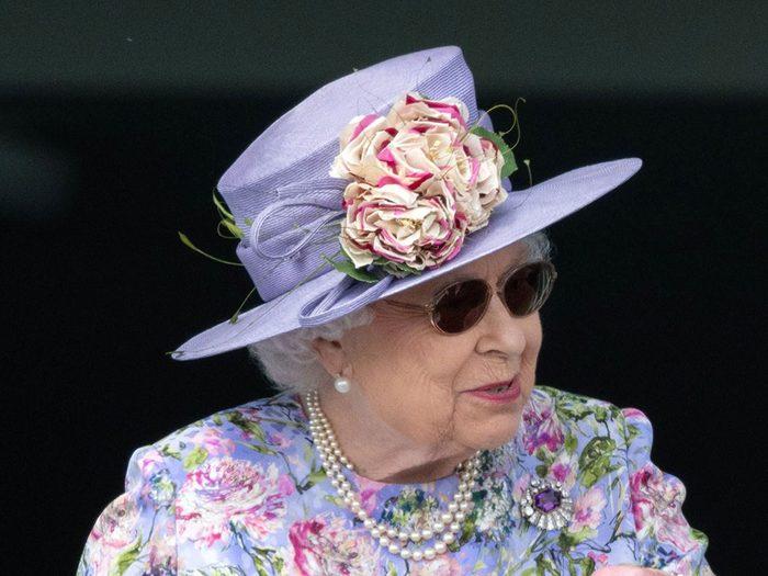 La reine Élizabeth a promis qu'elle règnerait sa vie durant.