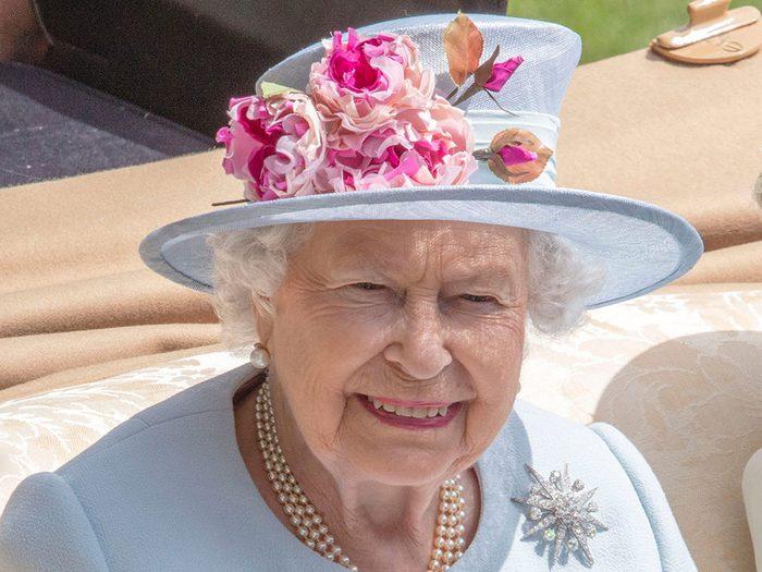 Reine Elizabeth: le fait que le prince Charles soit le prochain sur la liste est considéré de problématique par certains.