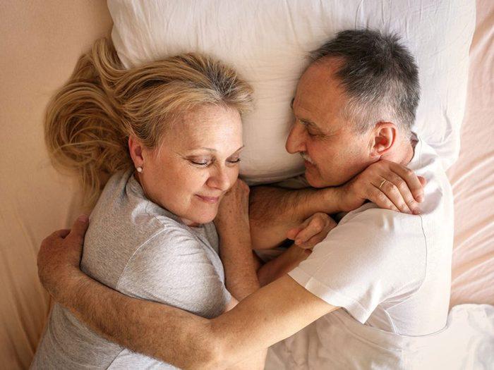 Ce que vous ne savez pas sur le sexe: les personnes âgées ont l'un des meilleurs rapports sexuels.